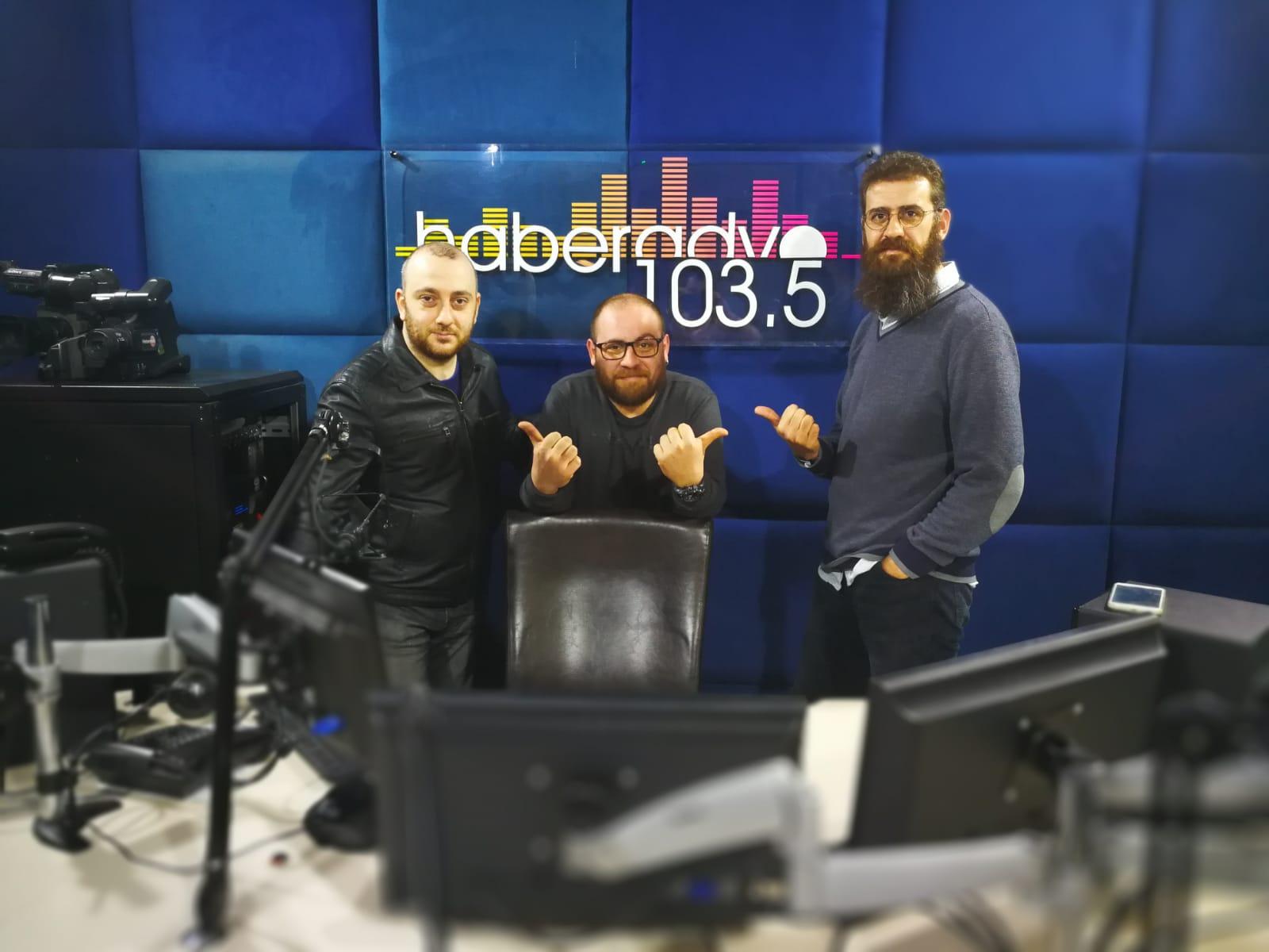 İsmail Can Özarar ile Laf Degirmeni Radyo Programi